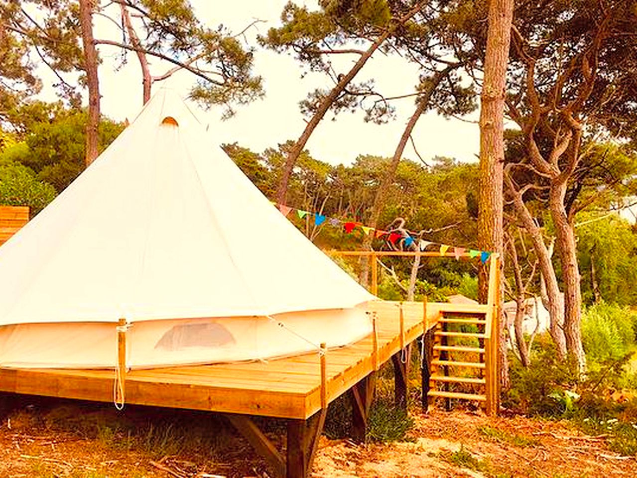 Bell Tents (Colares, Lisbon District, Portugal)