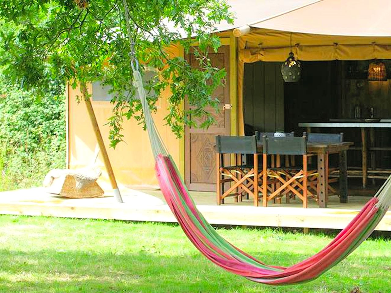 Safari Tents (Moutiers-sur-le-Lay, Pays de la Loire, France)