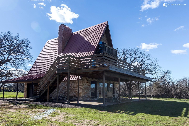 Group retreats near austin texas for Austin cabin rentals