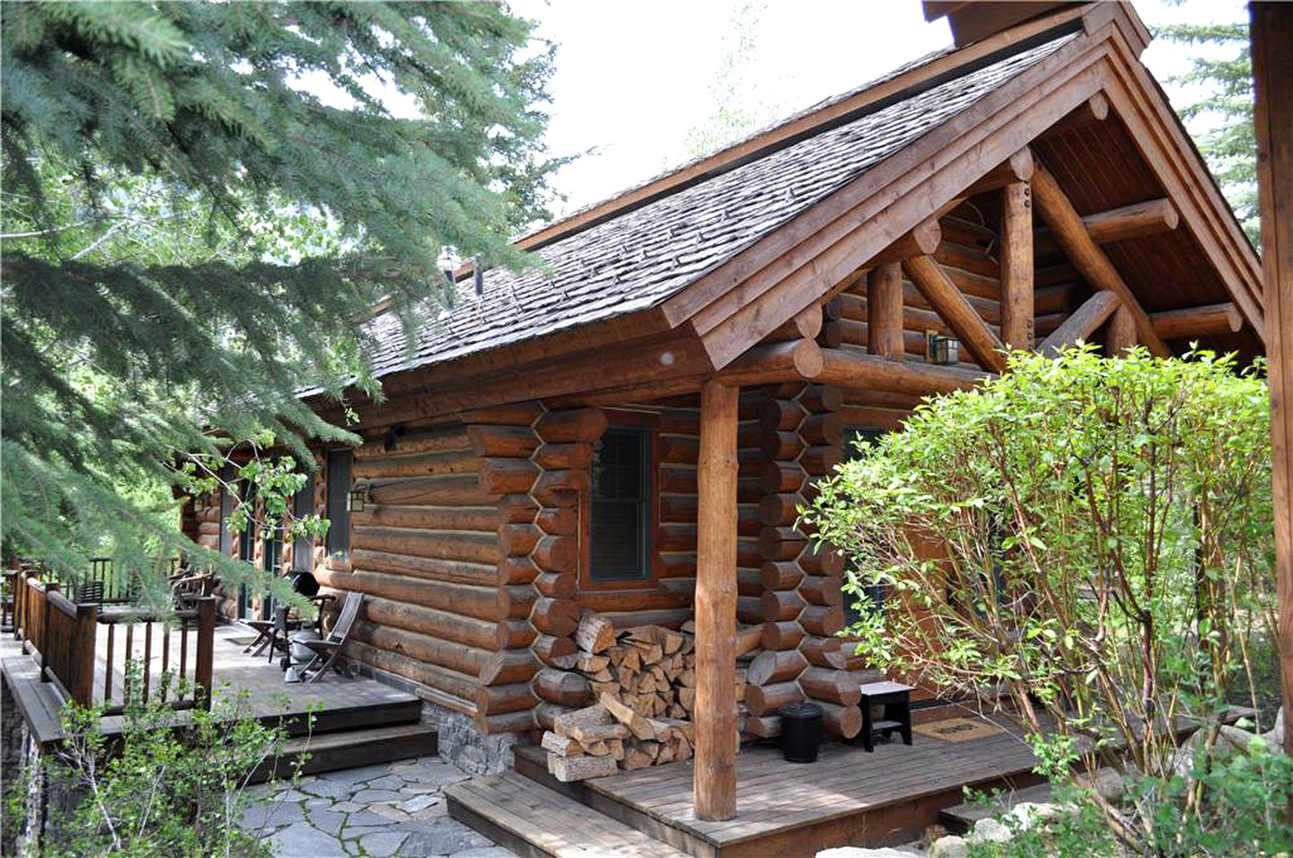 Log Cabins (Teton Village, Wyoming, United States)