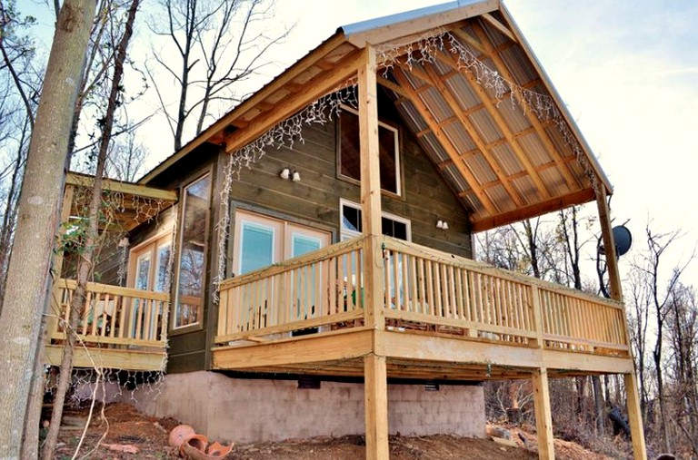 Lovely Mountain Cabin Rental With River Access Near Chattanooga Tennessee