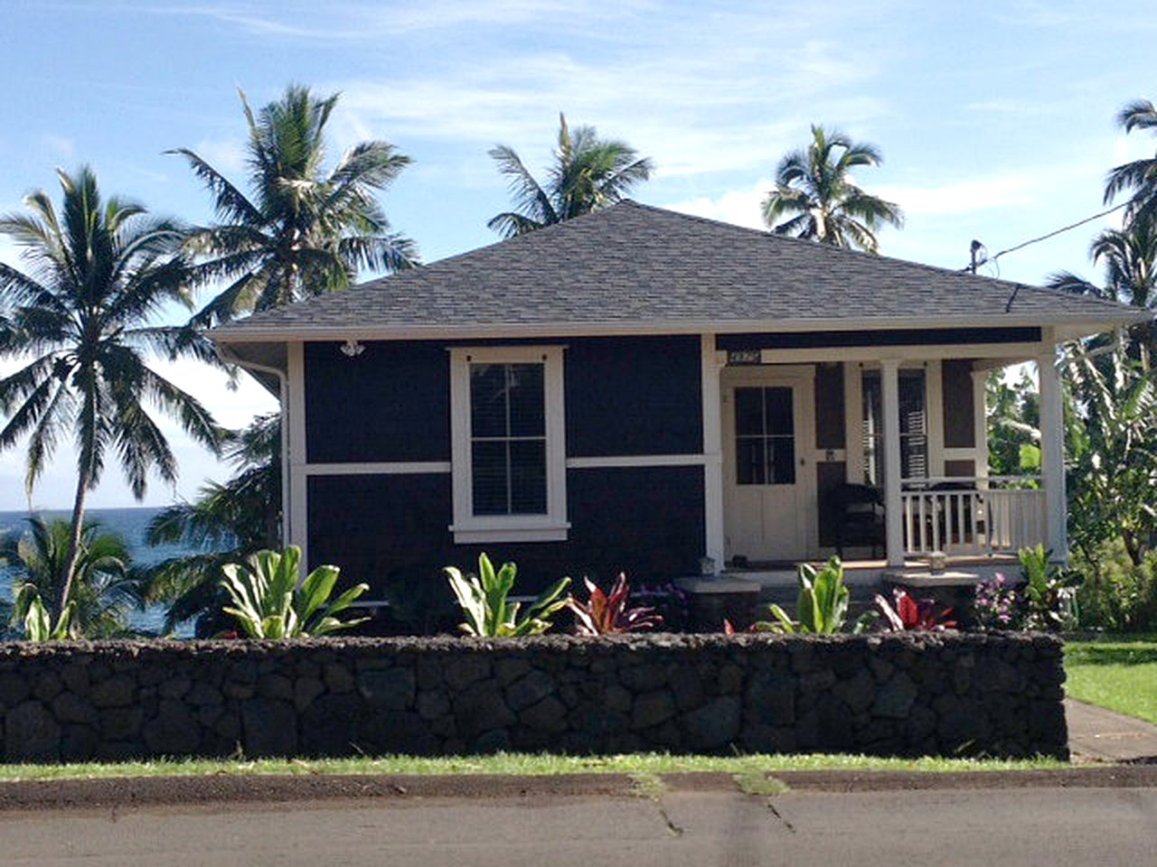 Cottages (Hana, Hawaii, United States)