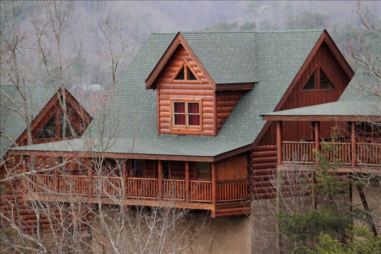 Rustic Cabin Rental With Fireplace In The Smoky Mountains Tennessee