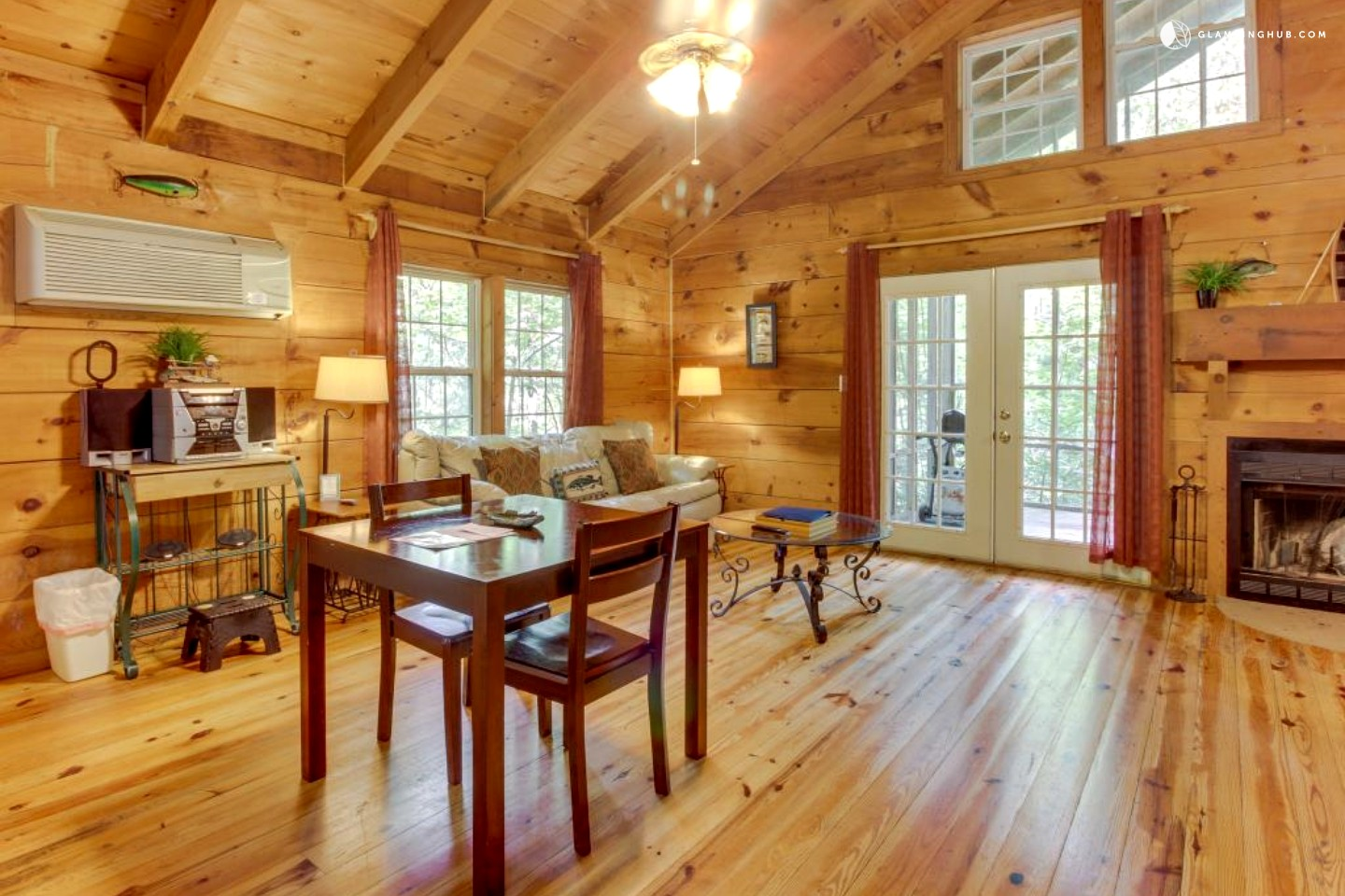 Cabin with hot tub near helen georgia - 8 bedroom cabins in north georgia ...