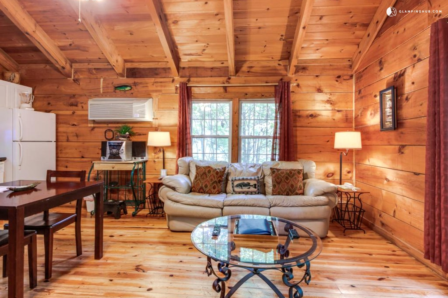 Cabin with hot tub near helen georgia for 8 bedroom cabins in helen ga