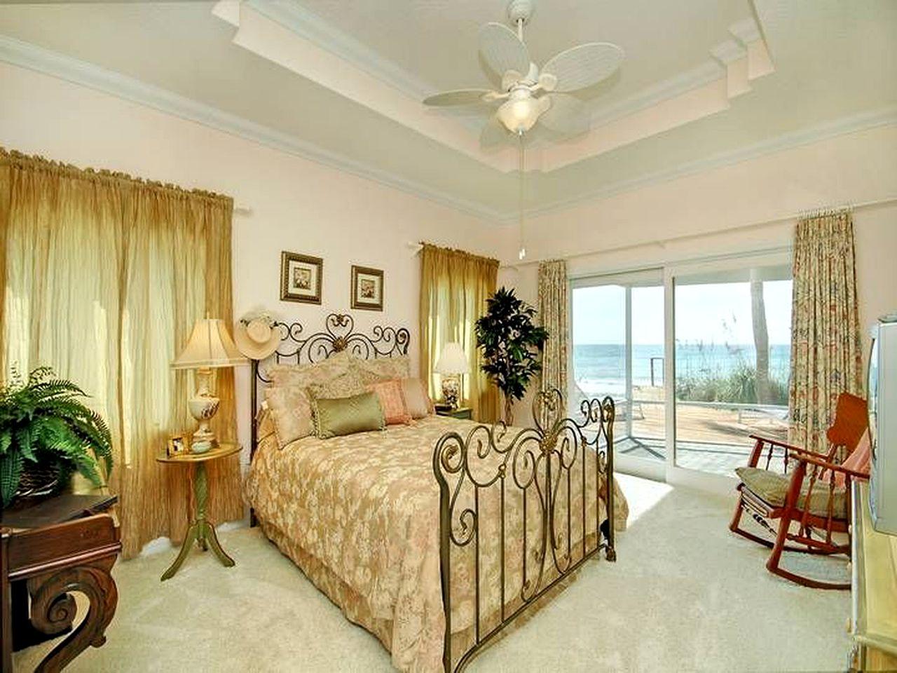 Beachfront Villa in the Florida Keys