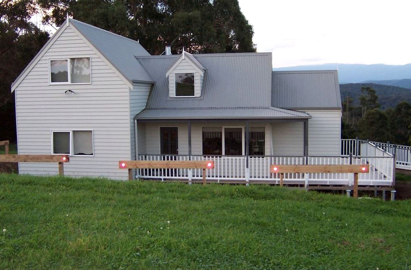 Vacation Rentals (Fumina South, Victoria, Australia)