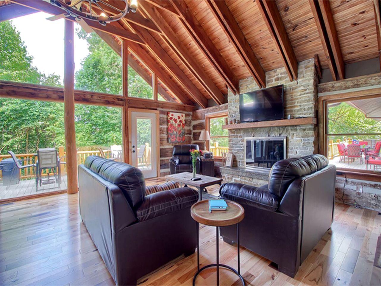 Hocking Hills Cabin Rental With Pool Hocking Hills Ohio