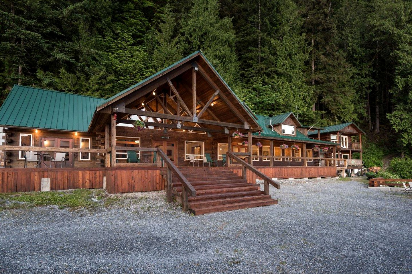 Nature Lodges (Powell River, British Columbia, Canada)