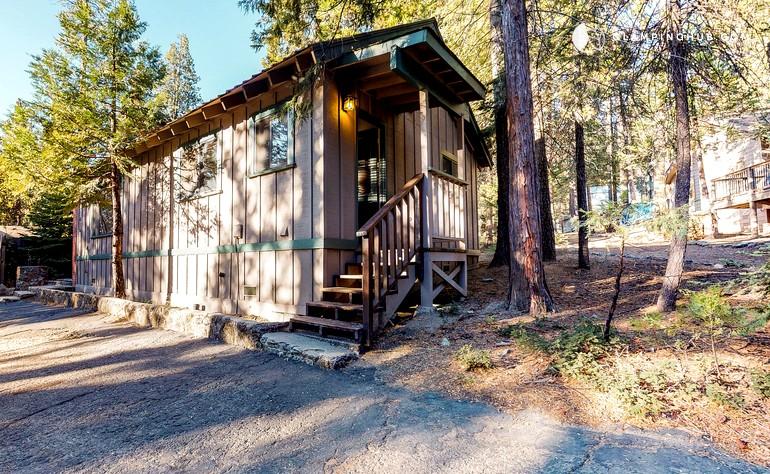 Cabin Rental Near Sierra National Forest In Shaver Lake California