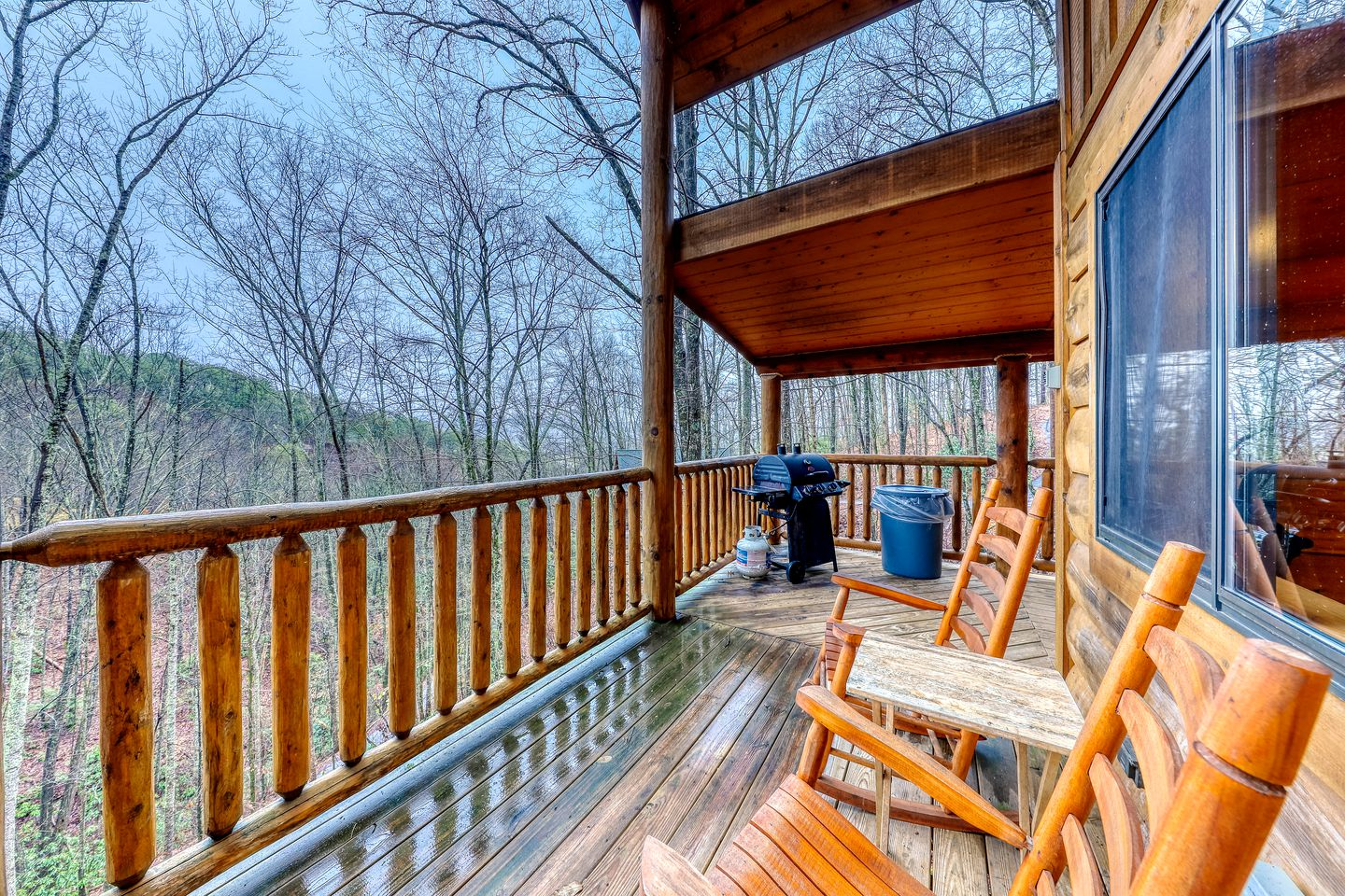 Cabin rental for a family getaway in Tennessee