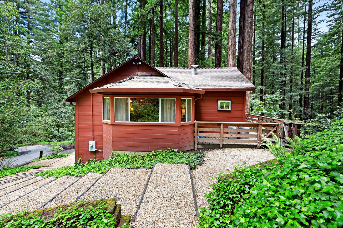 Cabins (United States, Felton, California)