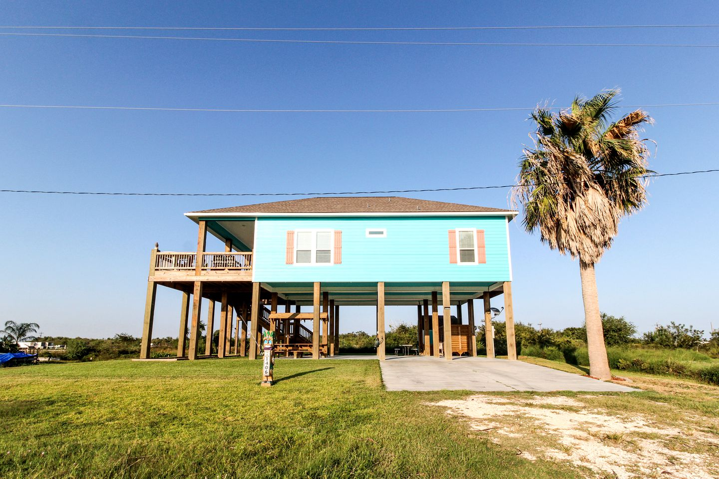 Beach Houses (Port Bolivar, Texas, United States)