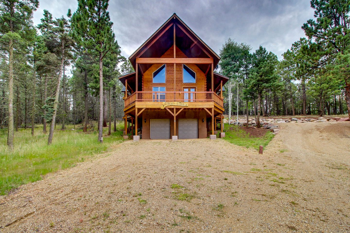 Cabins (Angel Fire, New Mexico, United States)