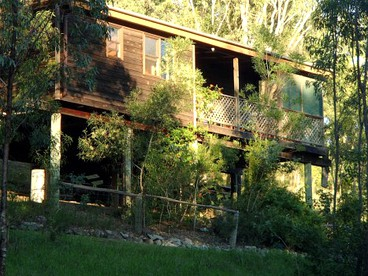 Cabins with Hot Tubs near Sydney