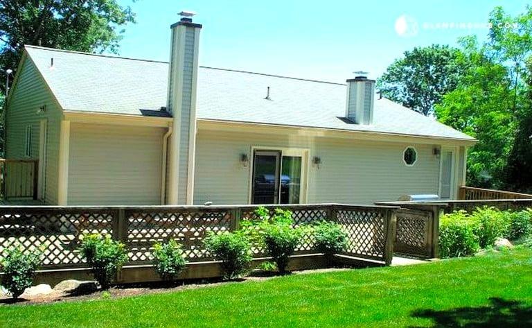 Awesome Idyllic Cottage Rental Near Beaches In Narragansett Rhode Island Home Interior And Landscaping Ferensignezvosmurscom