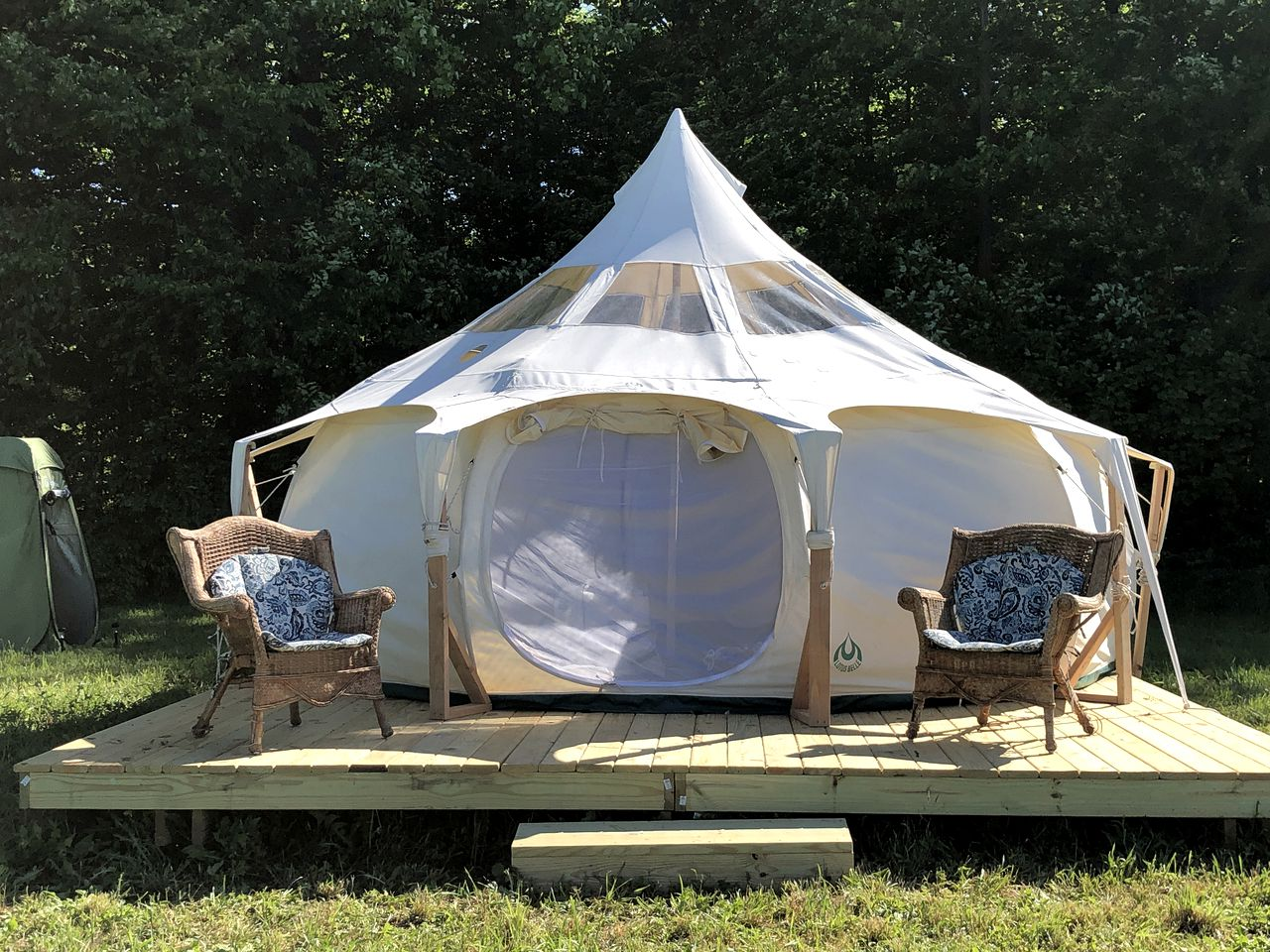 Bell Tents (Fennville, Michigan, United States)