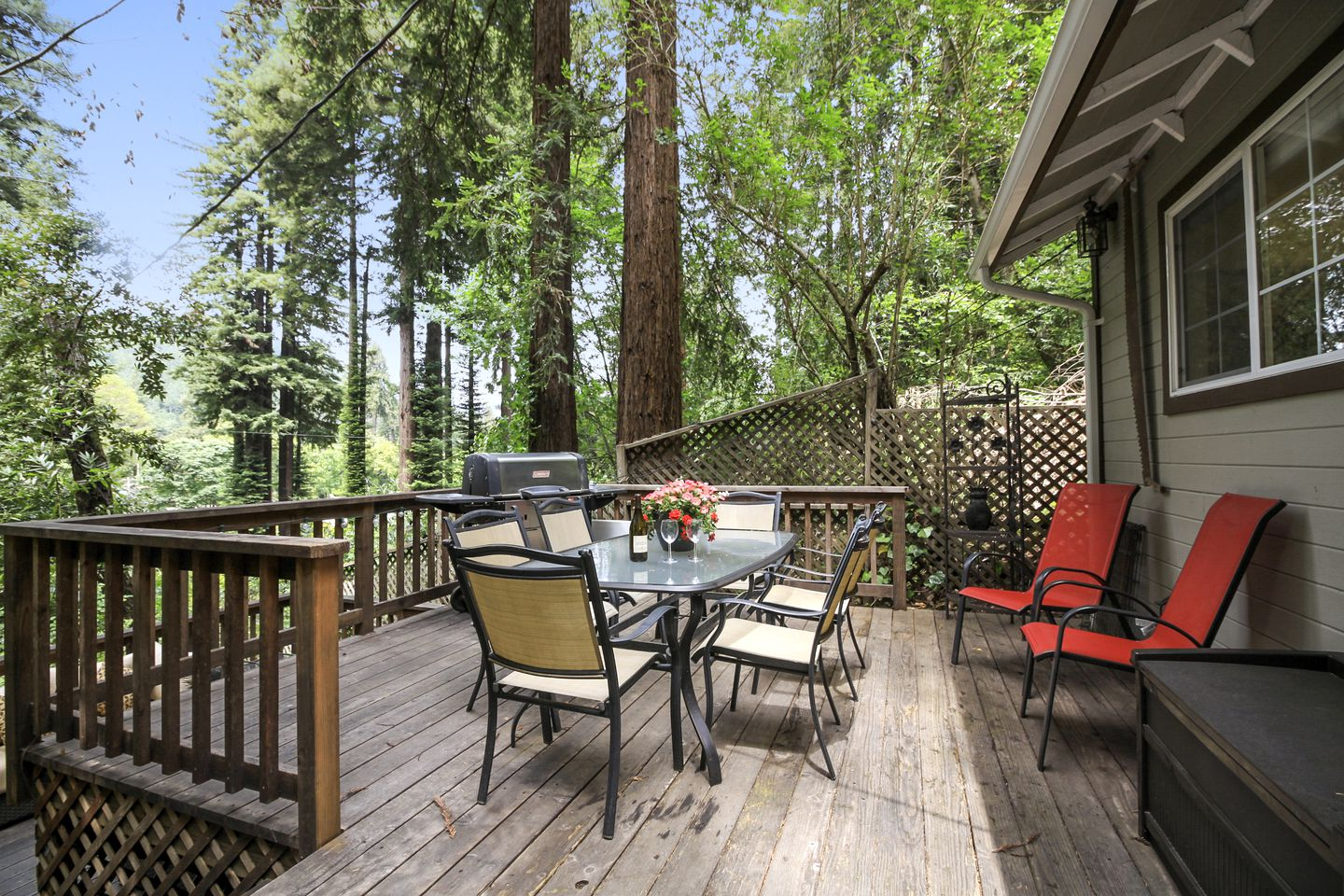 Cabins (Guerneville, California, United States)