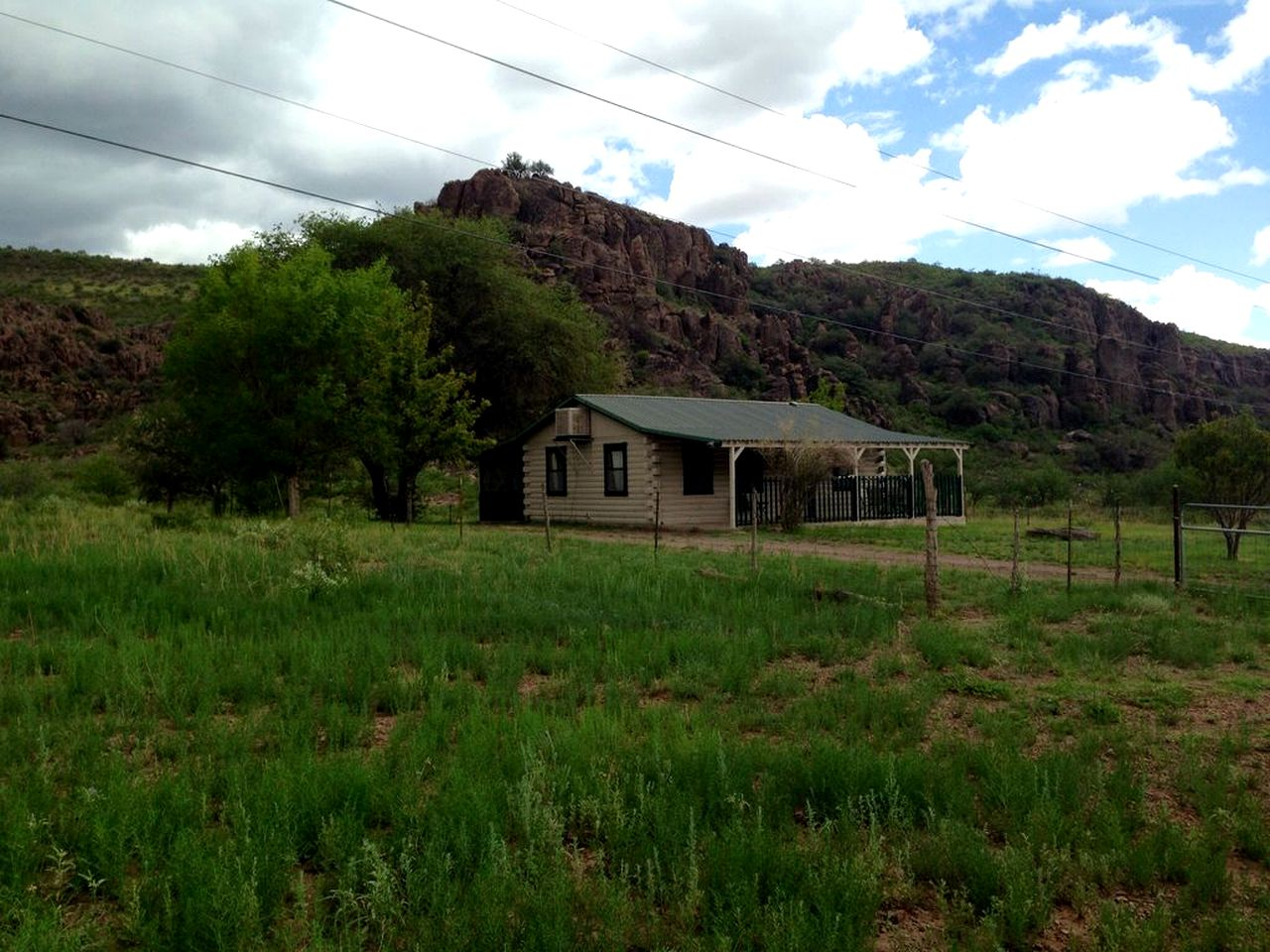 Fort Davis cabin rental for a Texas vacation in the Davis Mountains.