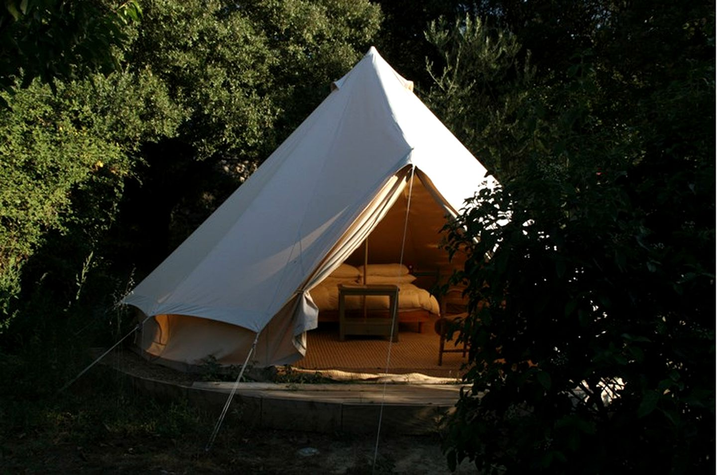 Bell Tents (Uzes, Occitanie, France)