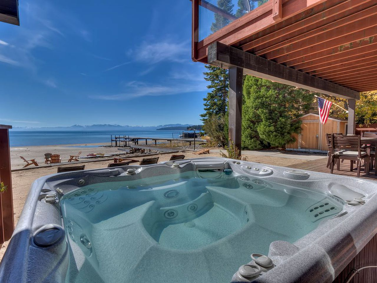 Cabins (Tahoe Vista, California, United States)