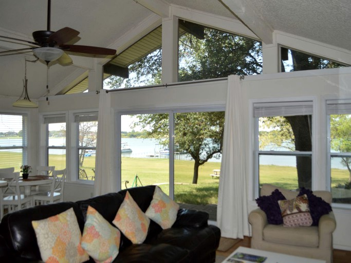 Lakeside Vacation Rental In Frisco Texas
