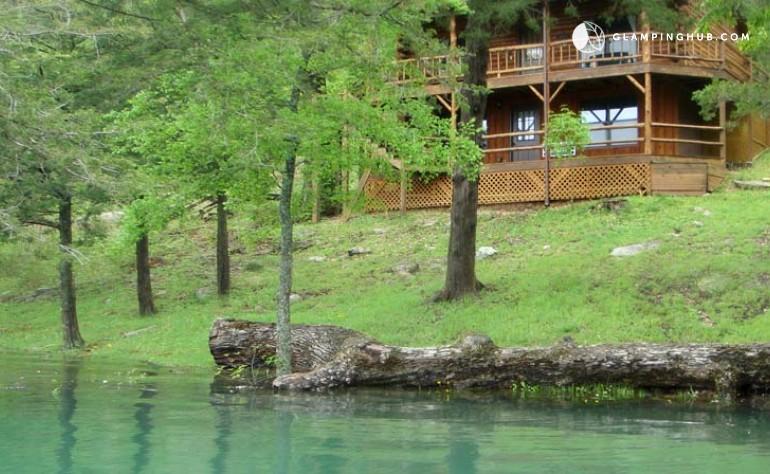 Lakeside Family Cabin By Beaver Lake Arkansas