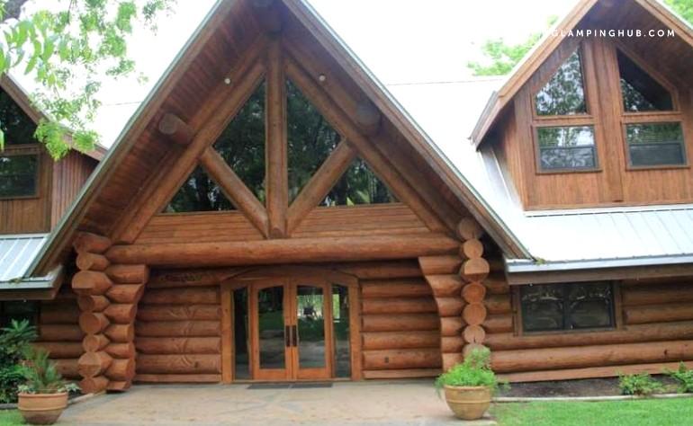 Waterfront cabin rental near austin for Austin cabin rentals