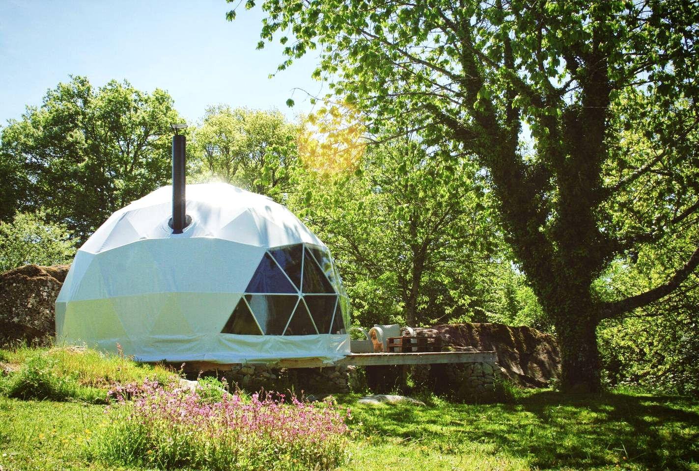 Bubbles & Domes (Limoges, Nouvelle-Aquitaine, France)