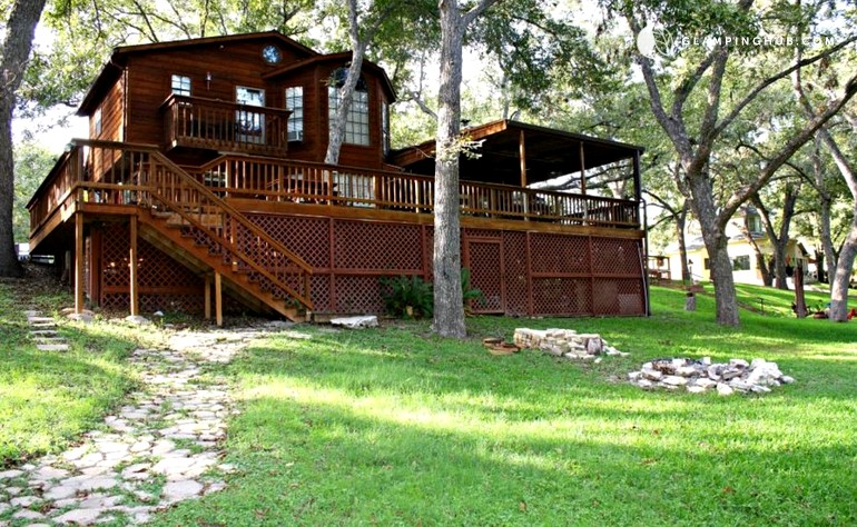 Family Vacation Retreat Near Guadalupe River