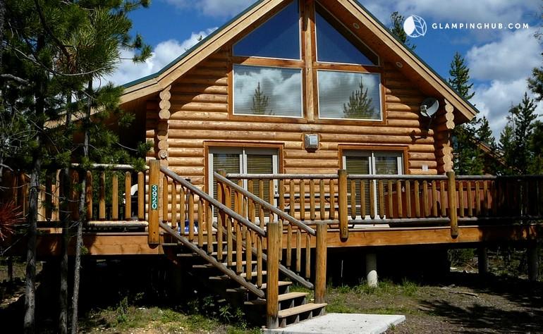 Log Cabin Outside Yellowstone National Park Idaho