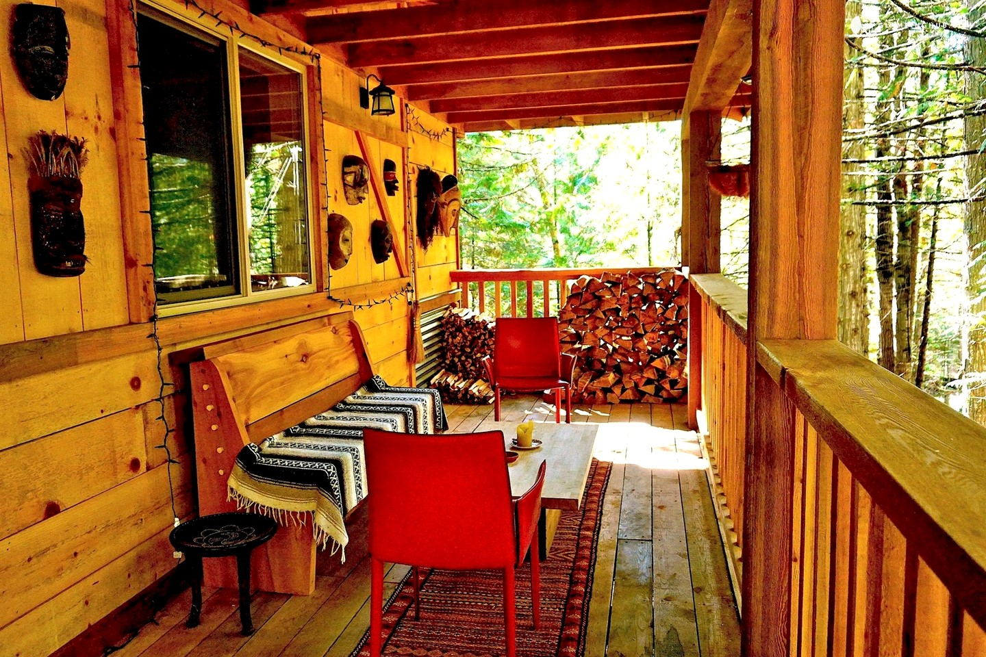 secluded cabin rental in nelson british columbia