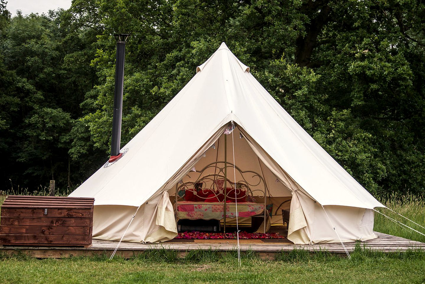 Bell Tents (Bedale, England, United Kingdom)