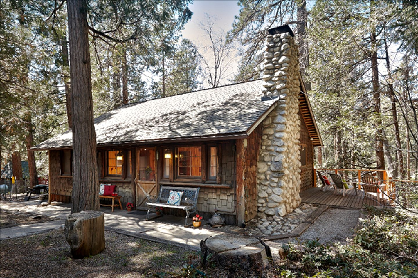 Cabins (Idyllwild, California, United States)