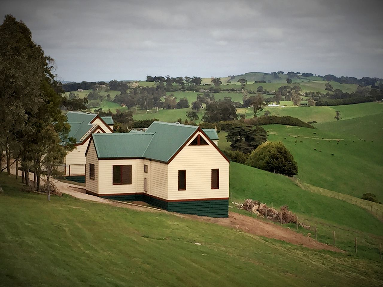 Cottages (Dumbalk, Victoria, Australia)