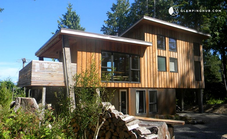 Waterfront Cabin Rental In Tofino British Columbia