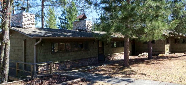 Cozy Vacation Cabin Rental On Lake Vermilion Near Cook Minnesota