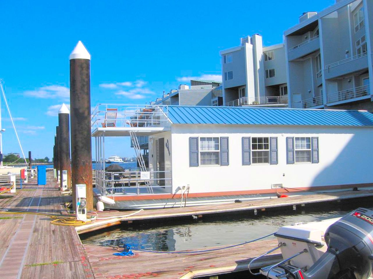Houseboat for rent: Boston vacation rental in the marina.
