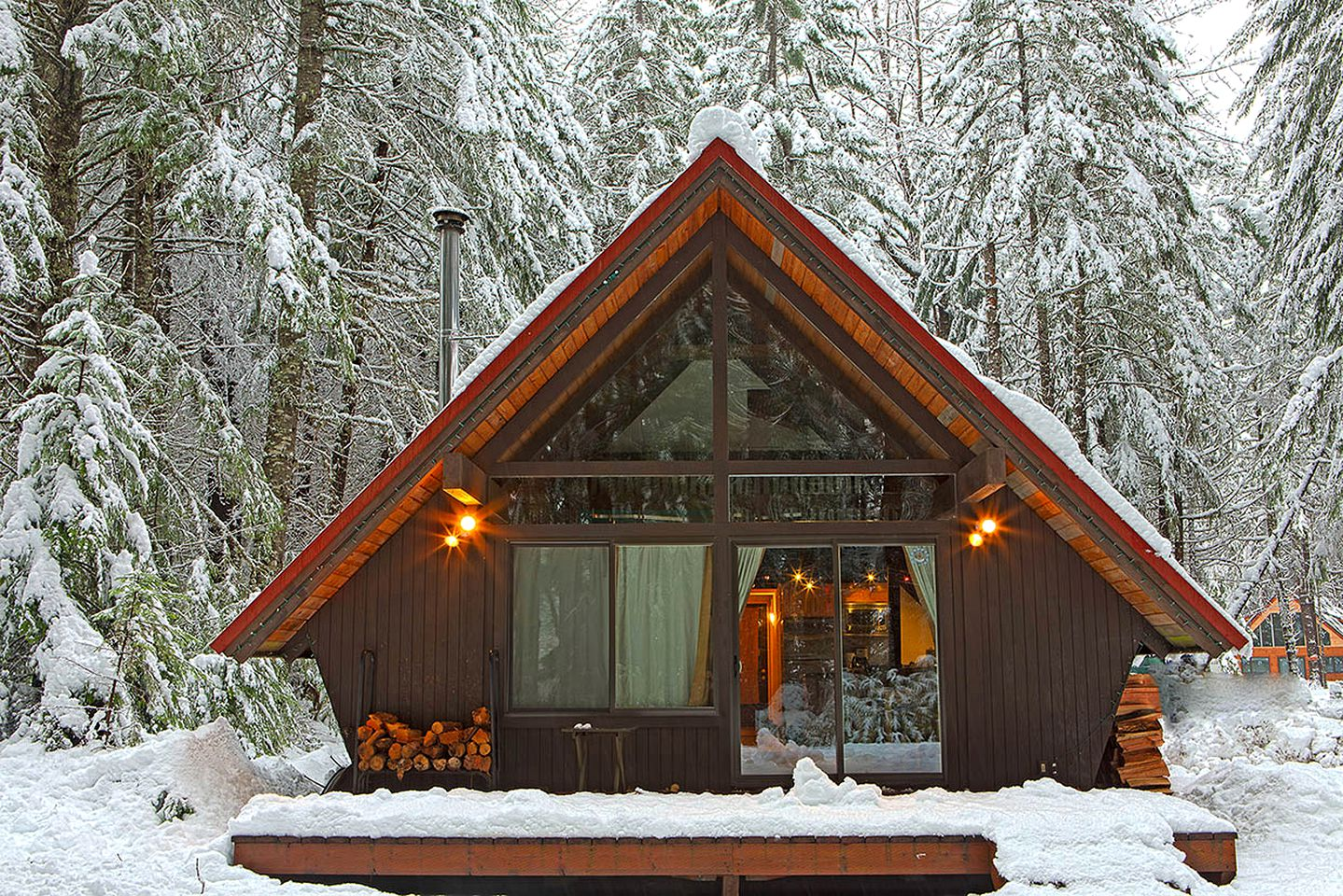A-Frame Cabins (Greenwater, Washington, United States)
