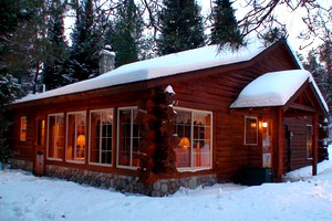 Glamping midwest luxury camping midwest for Michigan romantic cabins