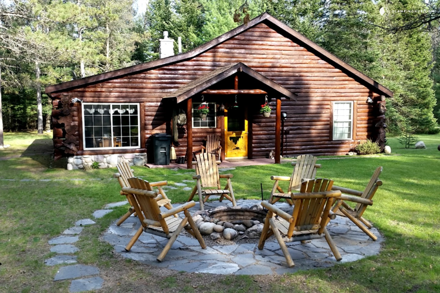 Cabin for rent on au sable river michigan for Michigan romantic cabins