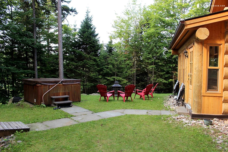 Log Cabin Near Mont Tremblant