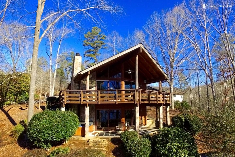 Lake lanier cabins rentals cabin rental on lake lanier for Cabin rentals close to atlanta ga