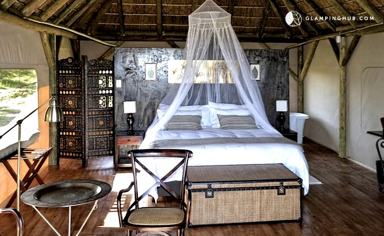 Photo of Luxury Safari Tents with Unbelievable Views of Ocean and Bush in South Africa ... & Luxury Safari Tents near Indian Ocean | Safari Tents in South Africa