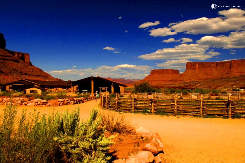 suite rental in moab  utah
