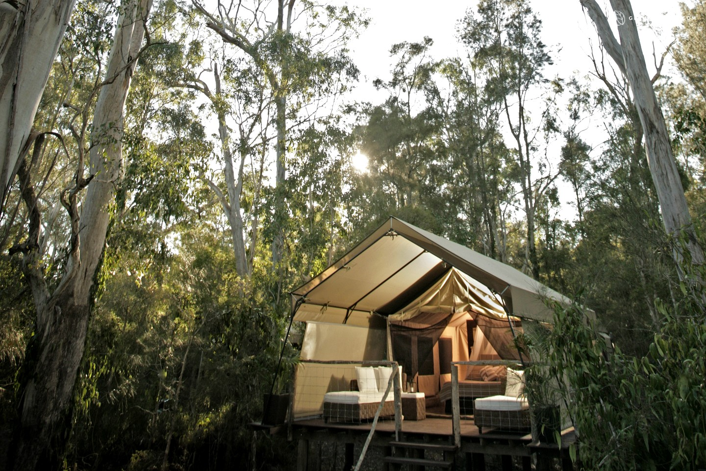 Glamping new south wales luxury camping nsw for Small great hotels