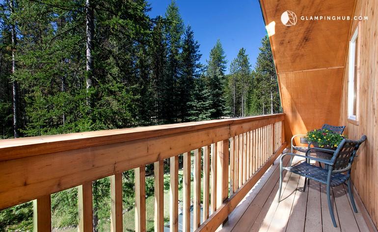 Vacation rental near glacier national park montana for Glacier national park cabin rentals