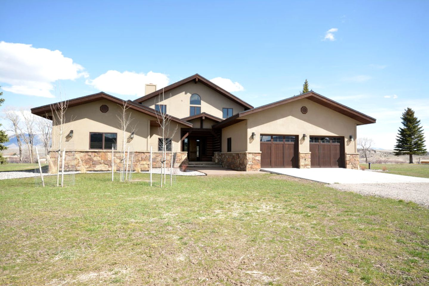 Vacation Rentals (Ennis, Montana, United States)