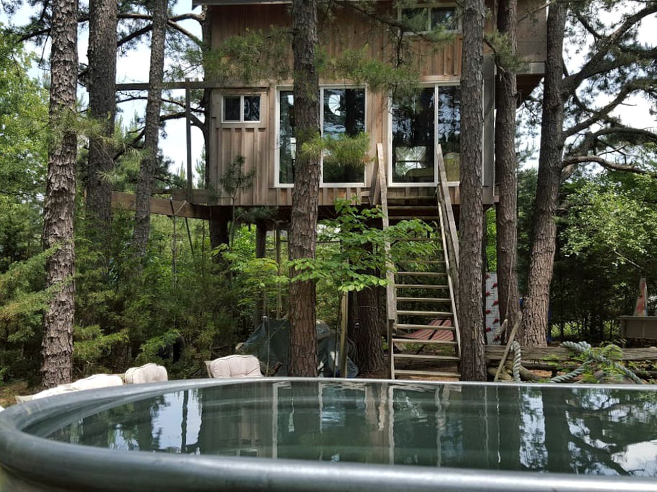Rent a tree House (Missouri, United States)