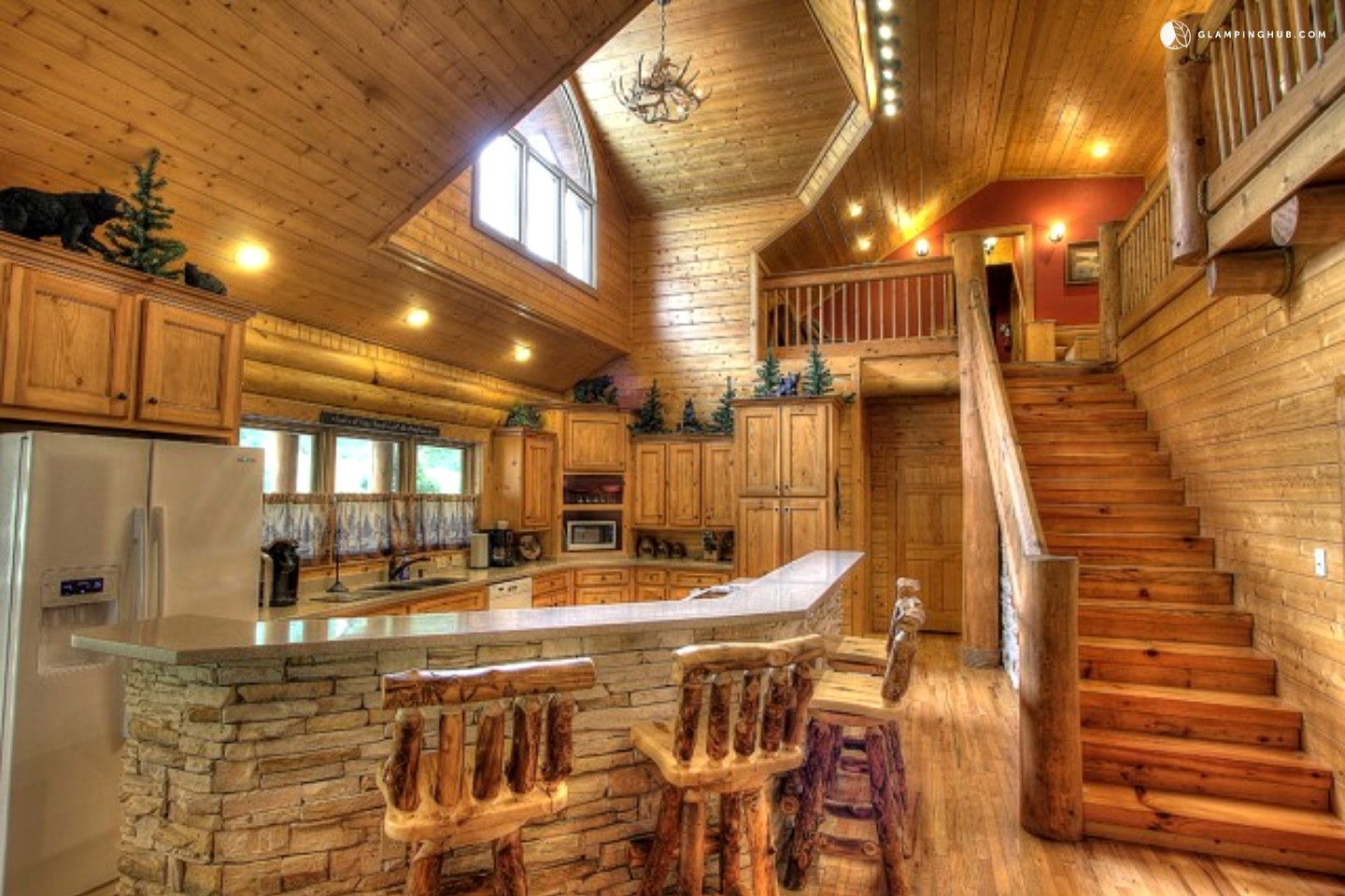 Luxury cabin rental near the great smoky mountains for Smoky mountain tennessee cabin rentals